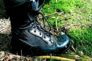 Minimalist Boots